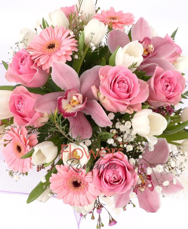 1 cymbidium roz, 20 lalele albe, waxflower, 5 trandafiri roz, 5 gerbera roz, gypsophila