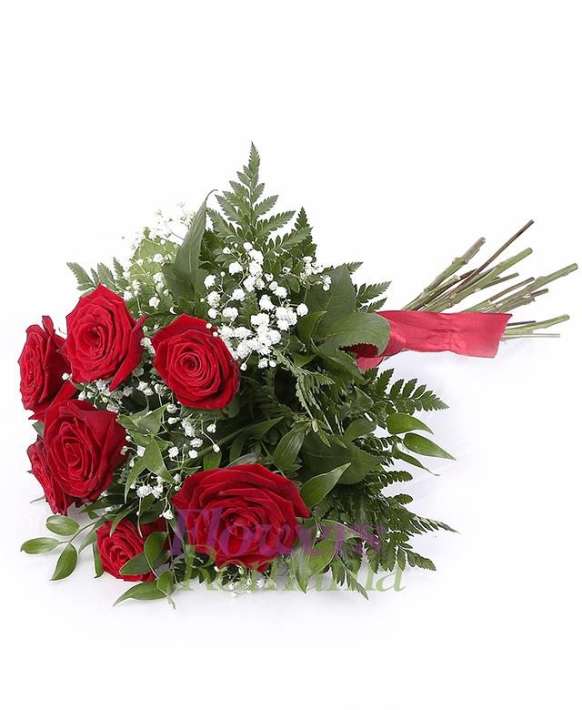 7 red roses, gypsophila, greenery
