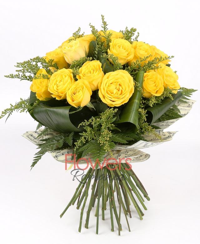 19 yellow roses, 6 solidago, greenery