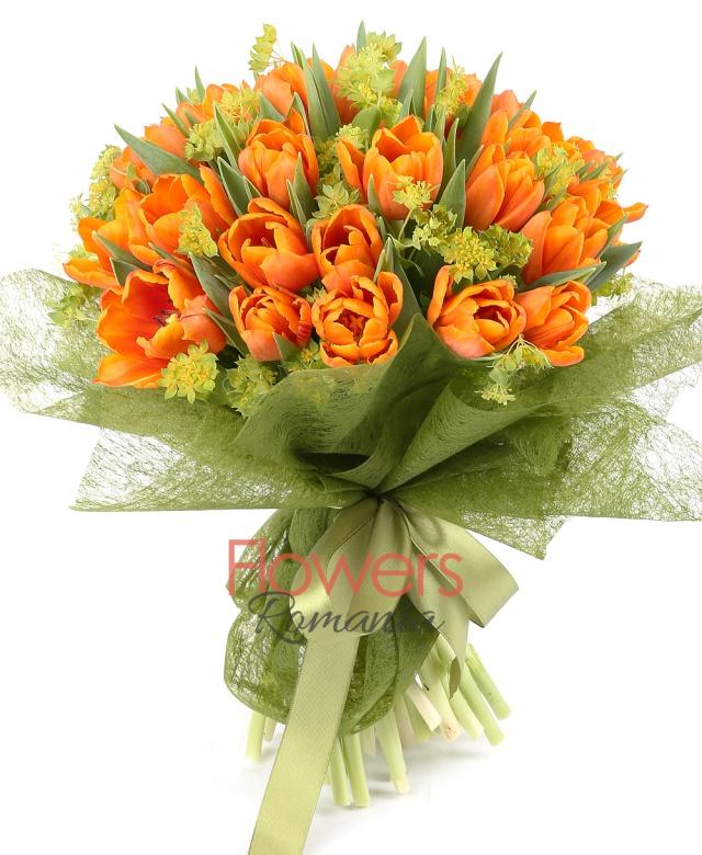 49 orange bouquet, bupleurum
