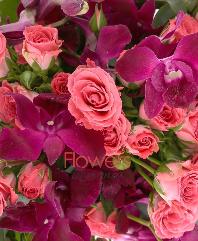 10 orhidee dendrobium mov, 10 miniroze roz, eucalypt, salal