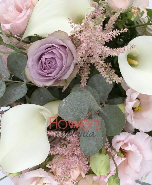 5 white cala, 3 purple roses, 3 pink miniroses, 3 pink lisianthus, 5 pink astilbe, greenery