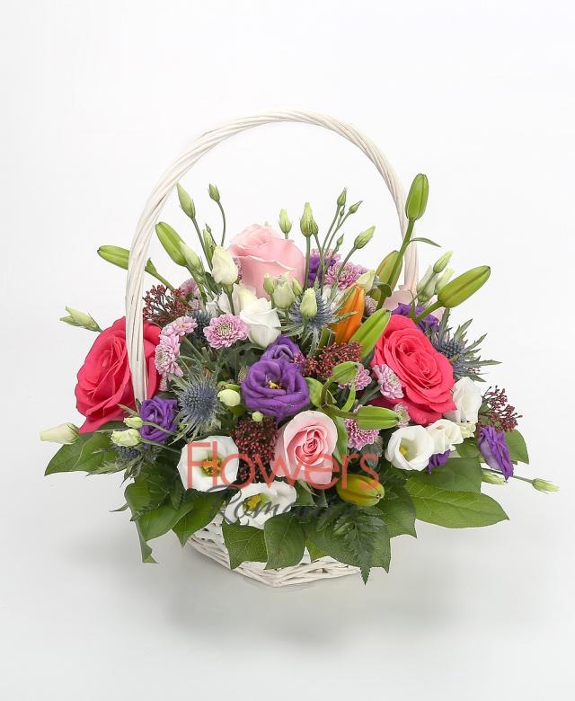 3 orange lily, 4 pink rose, 3 cyclam roses, 5 purple santini, 2 eryngium, 3 purple lisianthus, 2 white lisianthus, greenery
