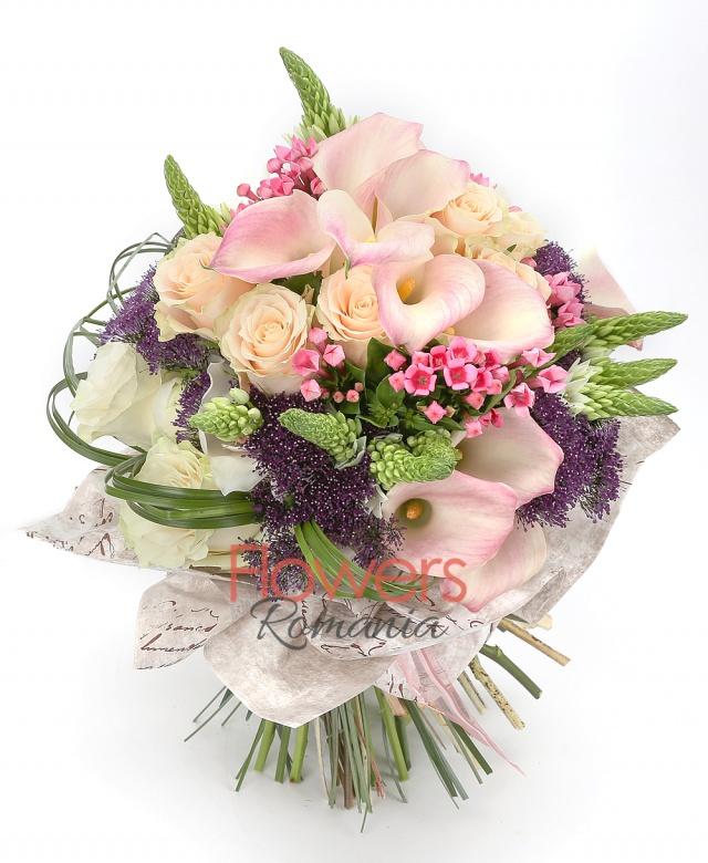 7 ivoir roses, 3 white roses, 10 pink roses, 5 purple trachelium, 6 pink bouvardia, 10 white ornithogalum, white cymbidium, greenery
